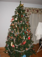 Our Christmas tree, Dec 2002.  The tree is in the living room.