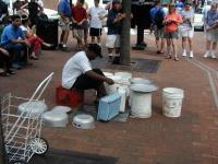 06 Street Drummer
